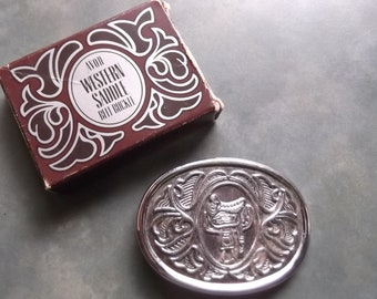 1980 Avon Western Saddle Belt Buckle-Embossed Design Fits Up To 1.5 Inches-Includes Original Box