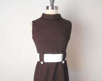 vintage MOD 60's Belted Sleeveless Shift Dress - GO GO! Small Size #397