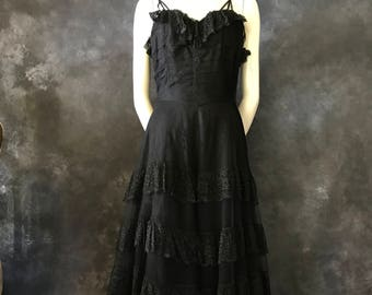 """Vintage 1930's Gothic bride tulle net tiered lace gown 25"""" waist"""