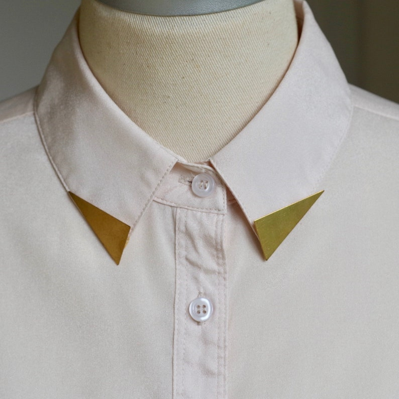 Triangle Collar Tips image 0