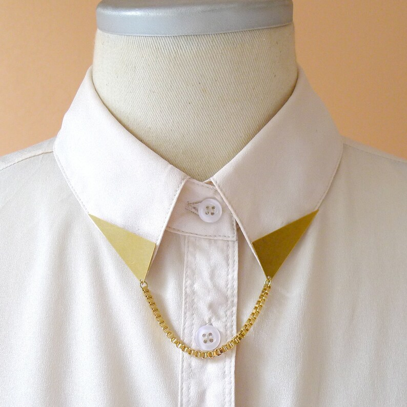 Triangle Collar Tips With Chain image 0