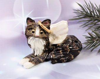 Brown Tabby Angel Cat Porcelain Christmas Ornament Figurine Memorial