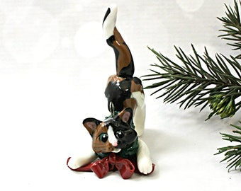 Cat Calico Porcelain Christmas Ornament Figurine Wreath