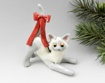 Bluepoint Siamese Cat Porcelain Christmas Ornament Figurine Red Bow