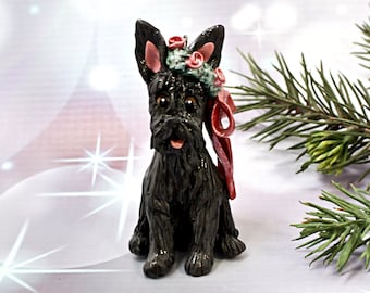 Scottish Terrier Black Christmas Ornament Figurine Wreath Porcelain