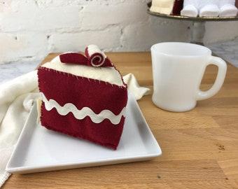 RED VELVET Felt Cake    felt food, tea party food, pretend kitchen, gift for kids, birthday cake, cream cheese frosting, double layer cake