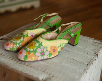 f84dc0bf178 Vintage Needlepoint Shoes - Mod Daisies Neon Green Italy