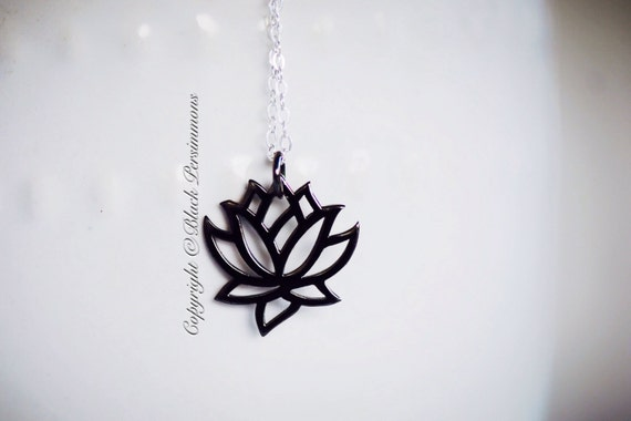 Ufficio Feng Shui Yoga : Renge necklace small sterling silver lotus flower feng shui etsy