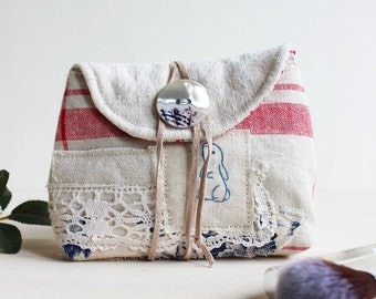 Pouch antique linen bunny ART.23