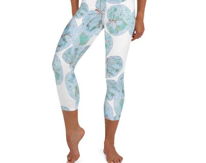 Yoga Capri Leggings Sea Grape Print