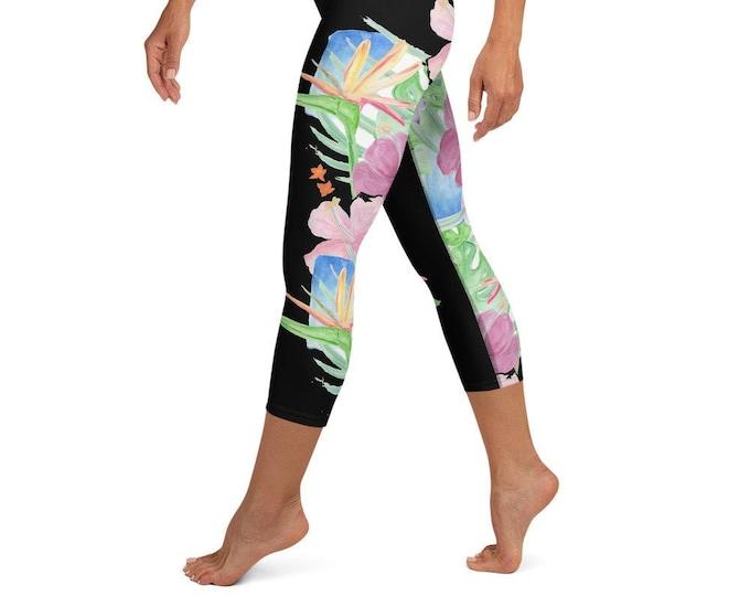 Yoga Capri Leggings Black Tropical Print