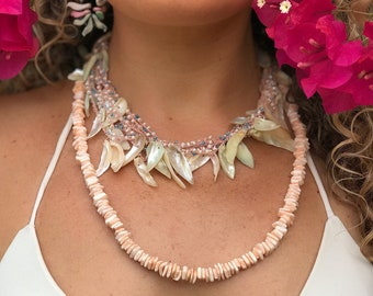 Vintage blush pink coral seashell necklace and earrings
