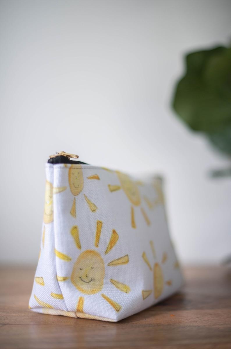 zipper pouch happy sun sunshine  print