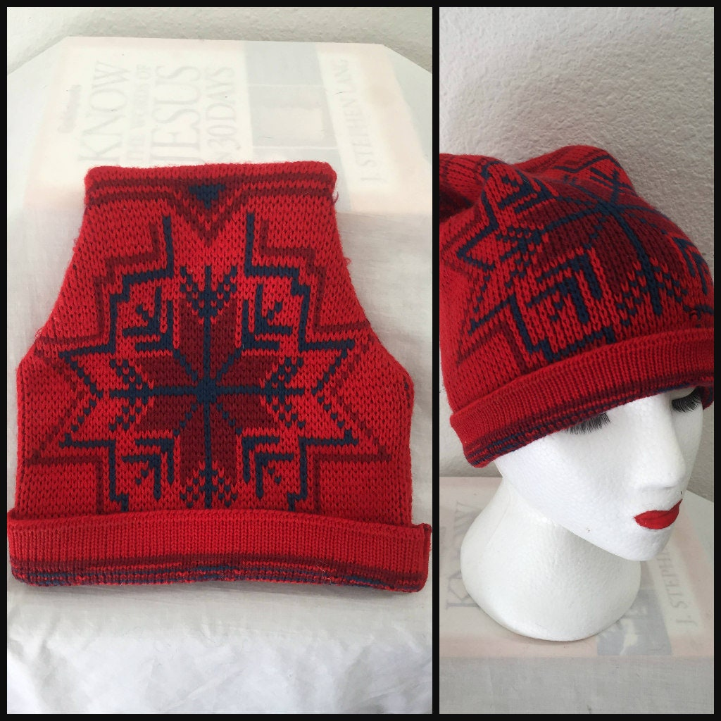 2aa4e53dd28 Vintage 70 s WigWam wool ski hat snowflake beanie red and