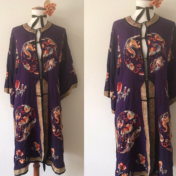 1920s Antique Regal Deep Purple Silk Embroidered C