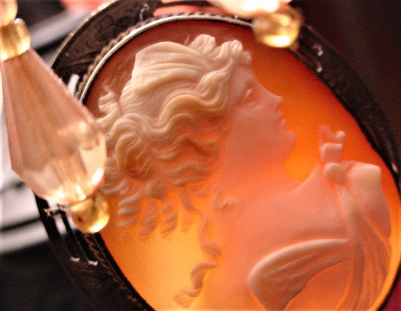 Antique Carnelian Shell Hand Carved Cameo Large Filigree Open image 0