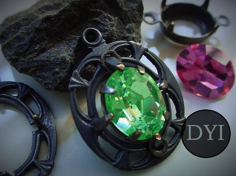 DIY KIT 10/8 mm Oval Art Deco Vintage Swarovski Crystal Jewel image 0