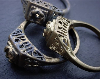 OLD Antique Filigree Finger Rings Size 4 5 6 7 8 9  Vintage Solid Brass Setting For 3mm Cabochon 22pp 23pp Swarovski Crystal Rhinestone