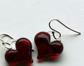 reds heart earrings