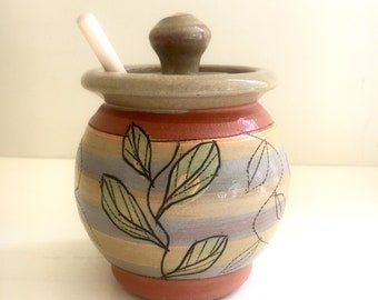 Honey Pot in Olive Green