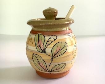 Honey Pot in Yellow