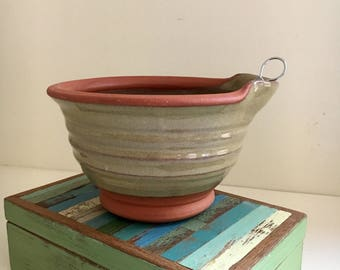 Egg Bowl in Mossy Green