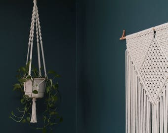 Hanging Plant Holder. Jungalow Decor. Macrame Plant Holder. Macrame Plant Hanger.