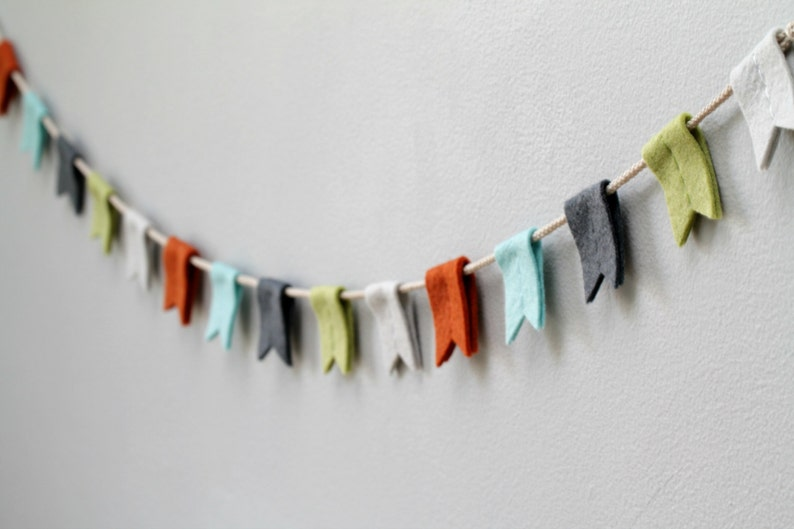 Felt Flag Bunting Boy. Nursery Banner with Notched Flags. image 0
