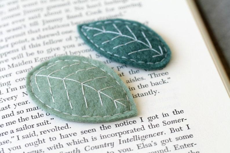 Felt Leaf Hair Clips. Set of Leaf Barrettes. Fall Accessory. image 0