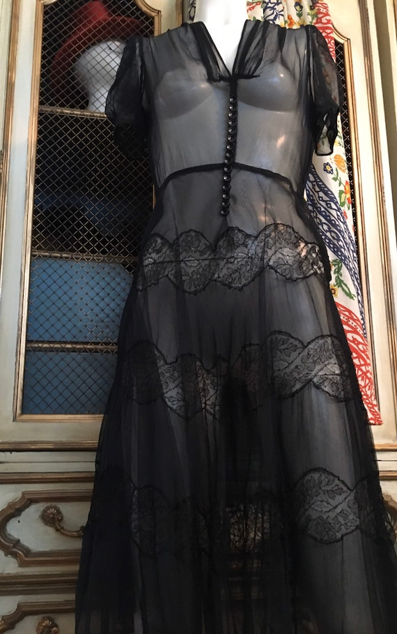1930's silk chiffon and lace Black Parisian chic d