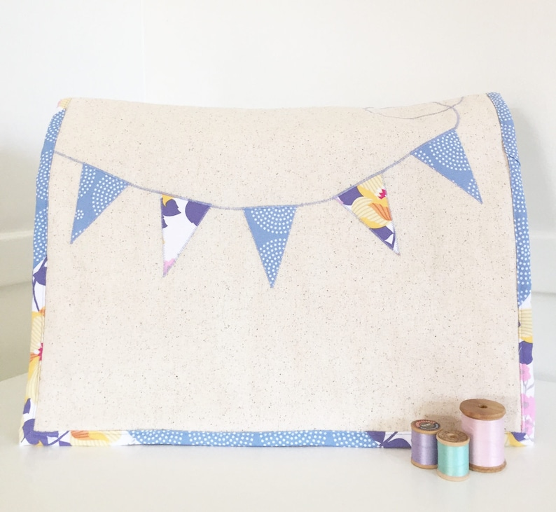 Sewing Machine Cover  Floral and Dot Banner in Slate image 0