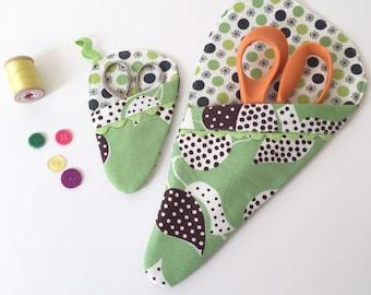 Scissor Sleeve - Green Leaf and Polka Dot