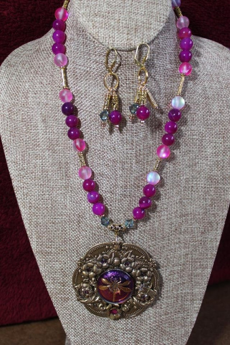 Quartzite on Brass pendant and crystal beaded chain necklace
