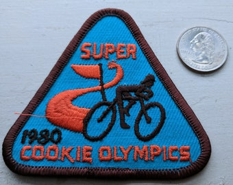 Vintage Brownie Girl Scout 1980 Super Cookie Olympics patch