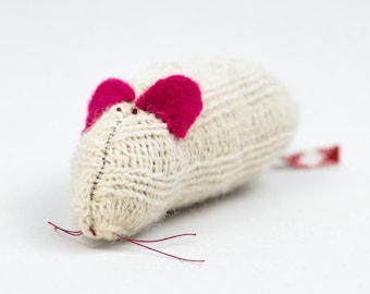 Organic catnip cat toy, wool mouse cat toy, large kicking toy, wool sock, mouse, eco friendly, jouet pour chat,  Marvelous Melissa,