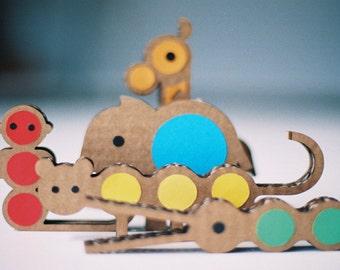 Kit Jungling, Cardboard Animals,DIY