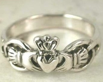 Celtic Claddagh Sterling Silver Ring size 8