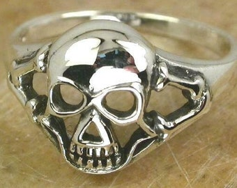 SKULL Sterling Silver Ring size 9