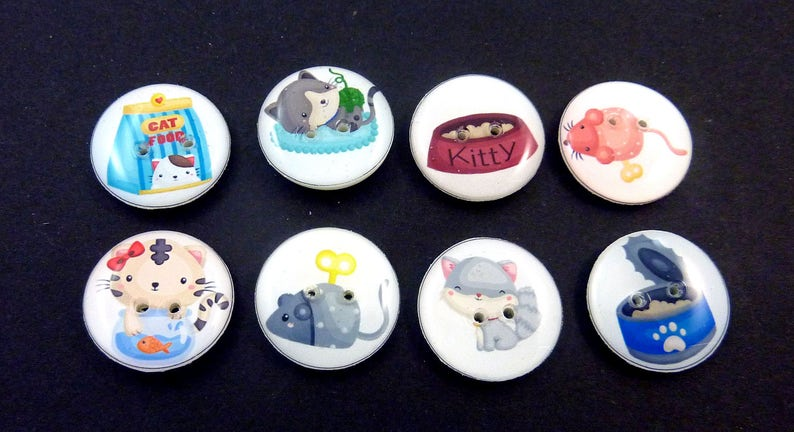 CatButtons.  Set of 8 handmade sewing buttons. Cats mouse image 0
