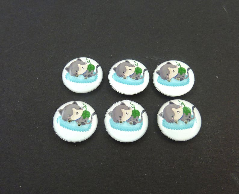 6 Cat Buttons. image 0