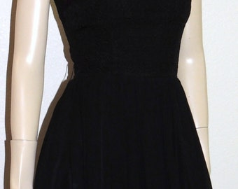 LILLI RUSSELL Black Chiffon Fitted Waist knee length Party Dress XS to S