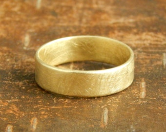 Gold wedding band, 6 mm wide x 1.5 mm thick, 14k solid yellow gold band, 14k solid gold wedding ring. *SIZE Guarantee*