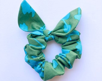 Blue/Green Floral Tie Scrunchie, Hair Scrunchie with tie, Hair ties, Hair accessory, Amy Butler fabric