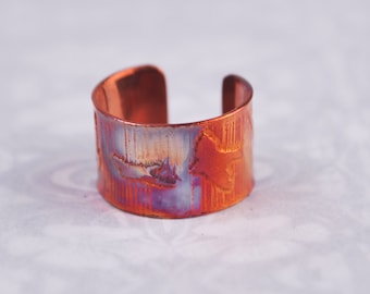 Copper bird earcuff, coloured copper earcuff, etched earcuff, flying birds, bird on wing
