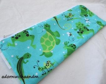 Zippered pencil case made with lizards turtle fabric, tortoise, gecko, grosshopper, bee, zipper pouch, school supply, homeschool, organizer