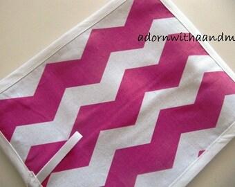 Chalkimamy Pink Chevron TRAVEL chalkboard mat/placemat (a)