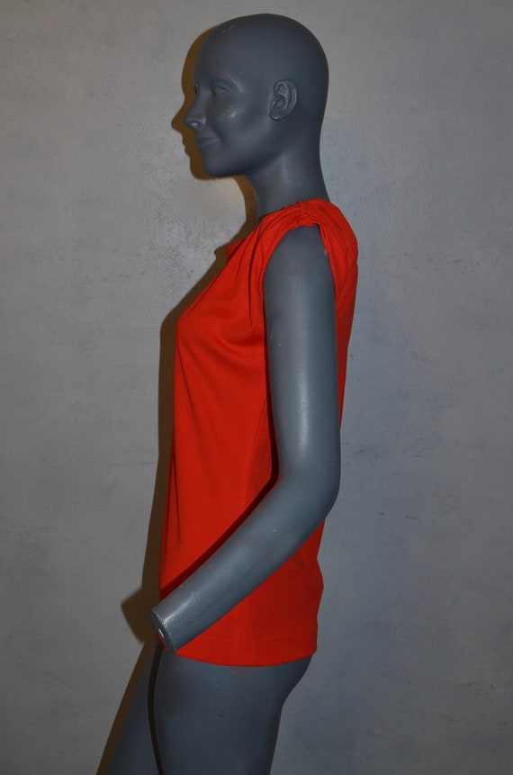 1970s Shaheen Red Blouse.  Gathered shoulders.  M… - image 3