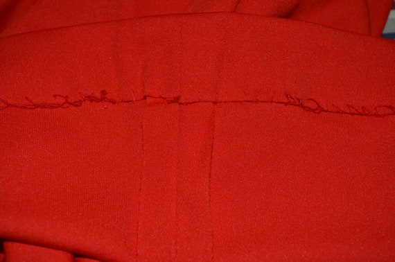 1970s Shaheen Red Blouse.  Gathered shoulders.  M… - image 9