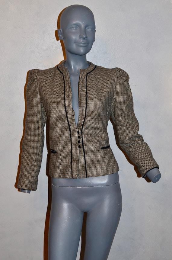 1970s Allen Bernard fitted jacket.  Suit blazer. … - image 4