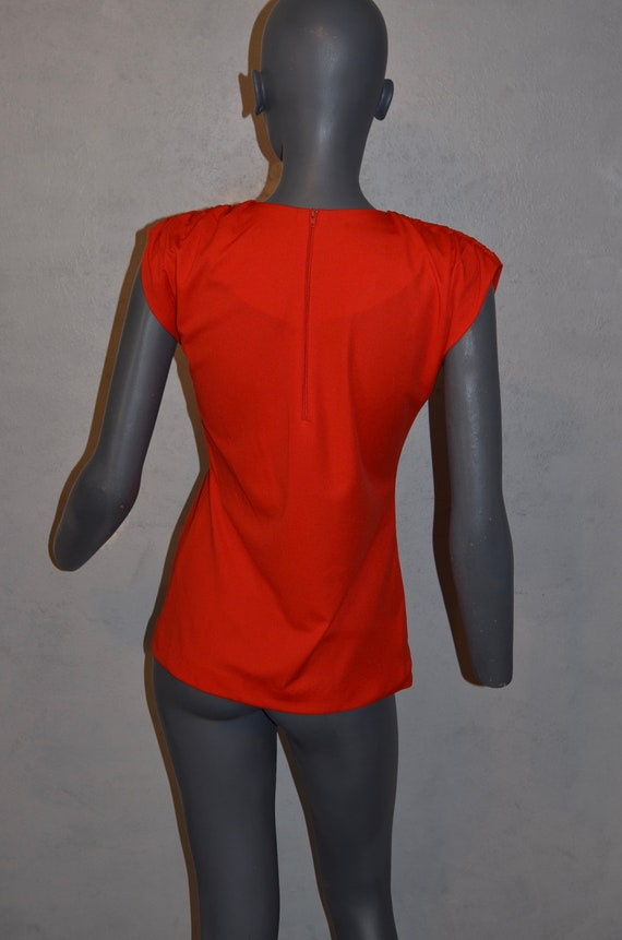 1970s Shaheen Red Blouse.  Gathered shoulders.  M… - image 4
